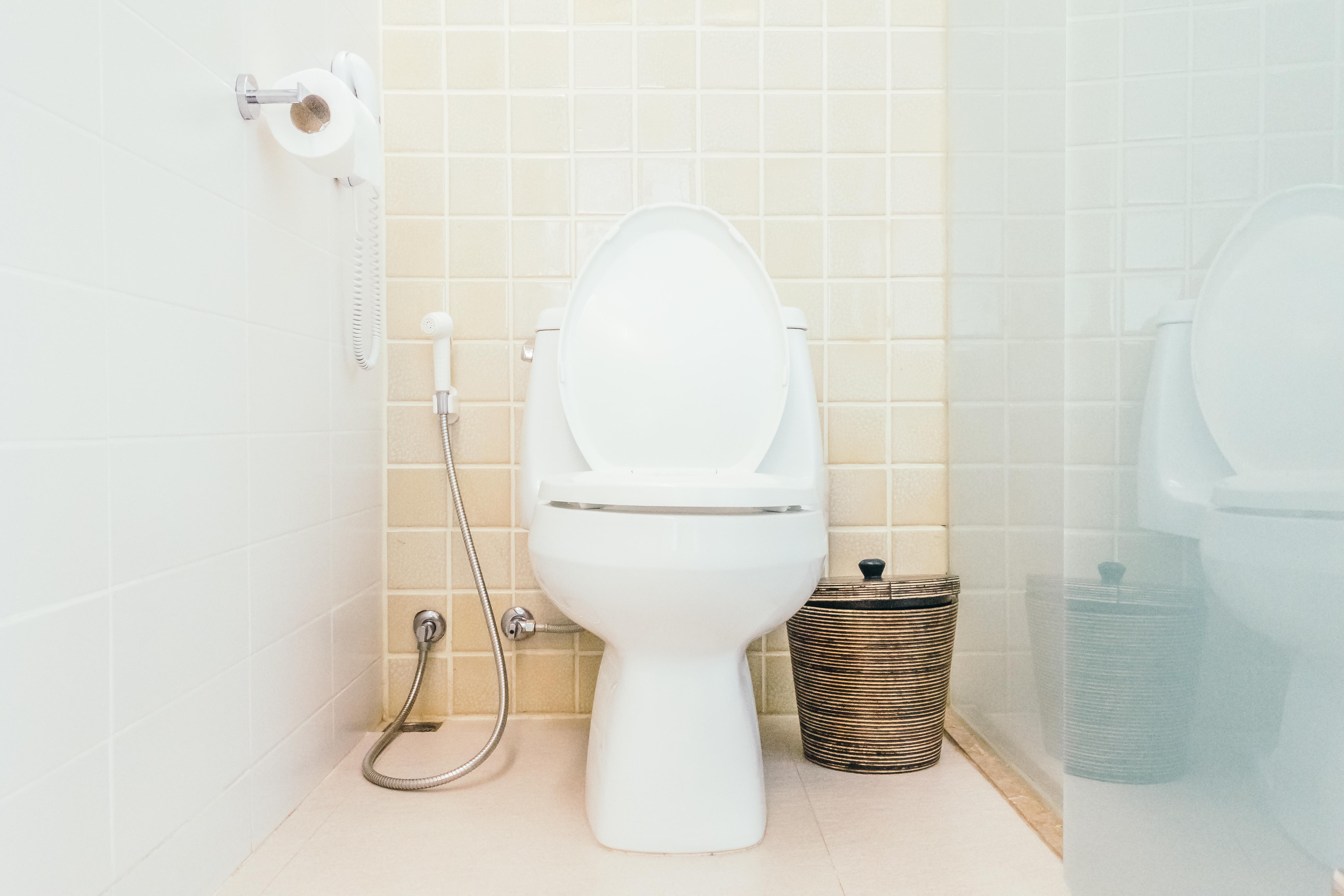 Mengatasi permasalahan saluran kamar mandi mampet Bogor tanpa bongkar